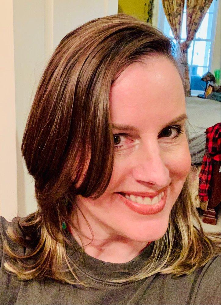 Divine Hair Salon: 43670 Greenway Corporate Dr, Ashburn, VA