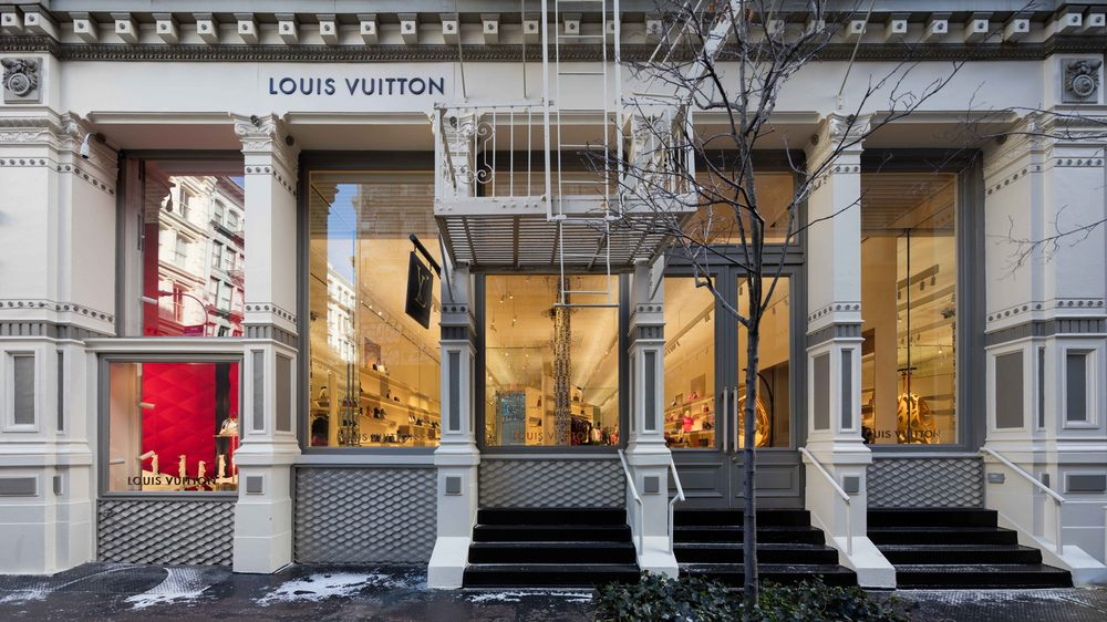 f57c7c3ad84a Louis Vuitton New York SoHo - 53 Photos   101 Reviews - Leather Goods - 116  Greene St