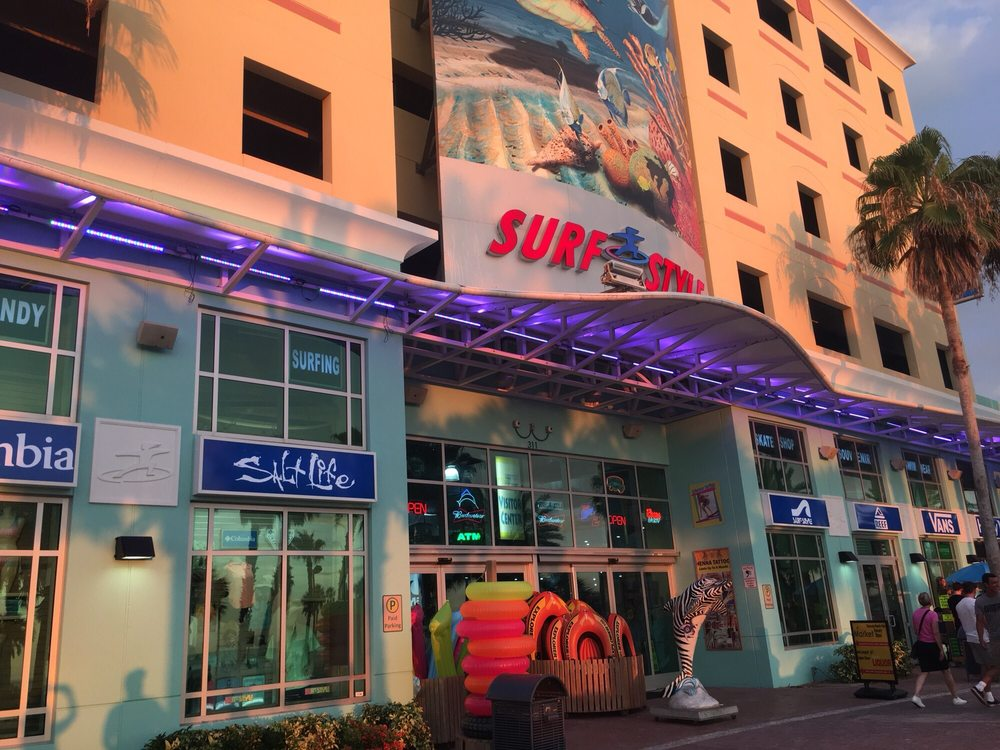 Surf Style: 315 S Gulfview Blvd, Clearwater Beach, FL