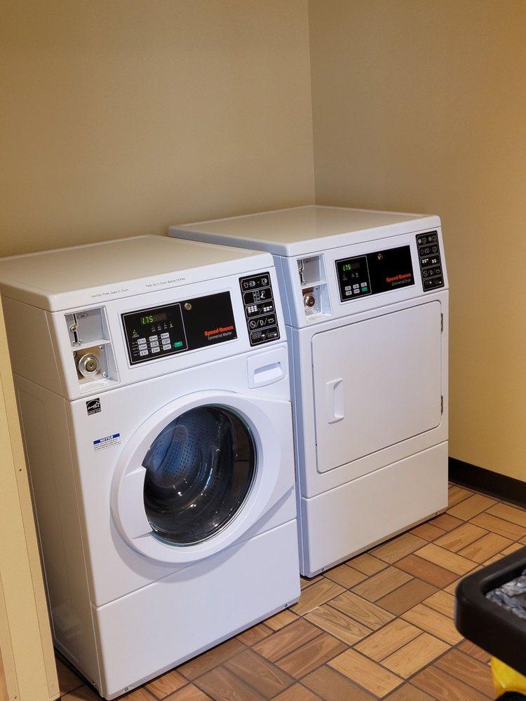 Kwik Trip Travel Center: 1080 Remmel Dr, Watertown, WI