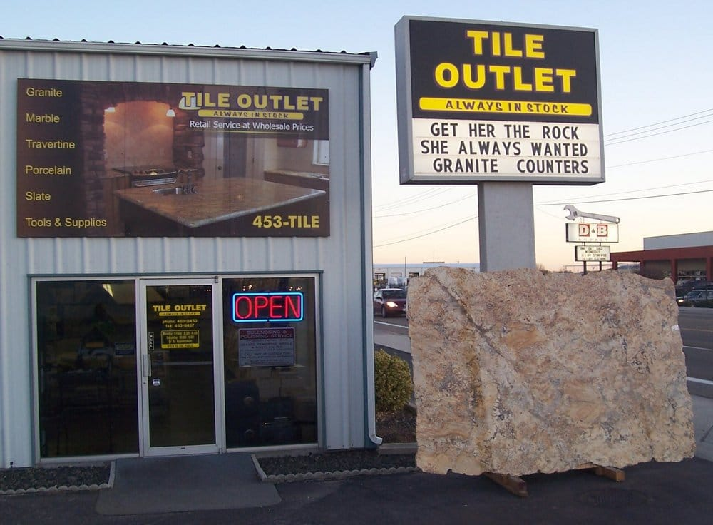 Caldwell Store On The Nampa Caldwell Blvd Across From D B