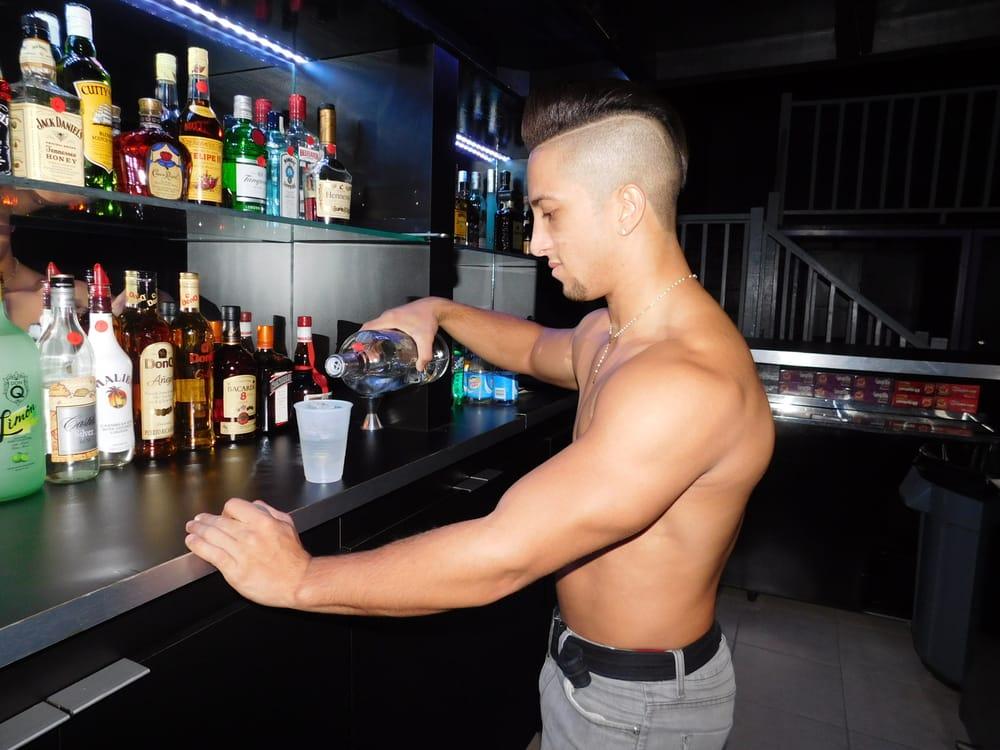 dragon gay bar