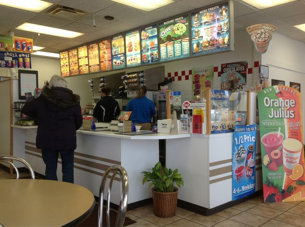 Dairy Queen: 2107 S Center St, Marshalltown, IA