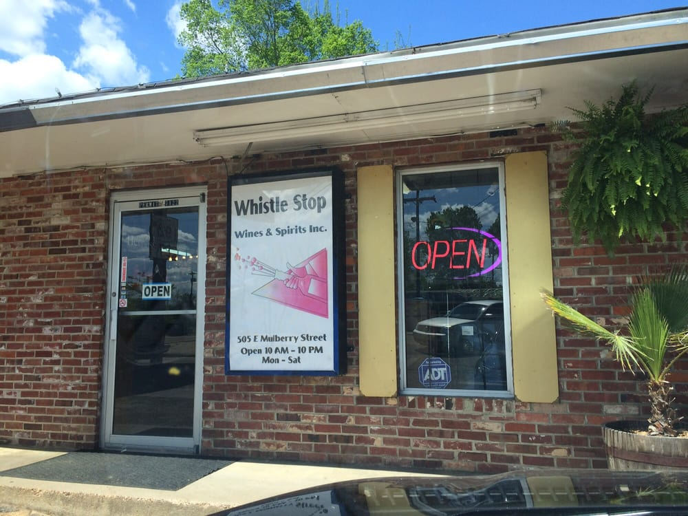 Whistle Stop Wines and Spirits: 401 1/2 E Mulberry St, Durant, MS