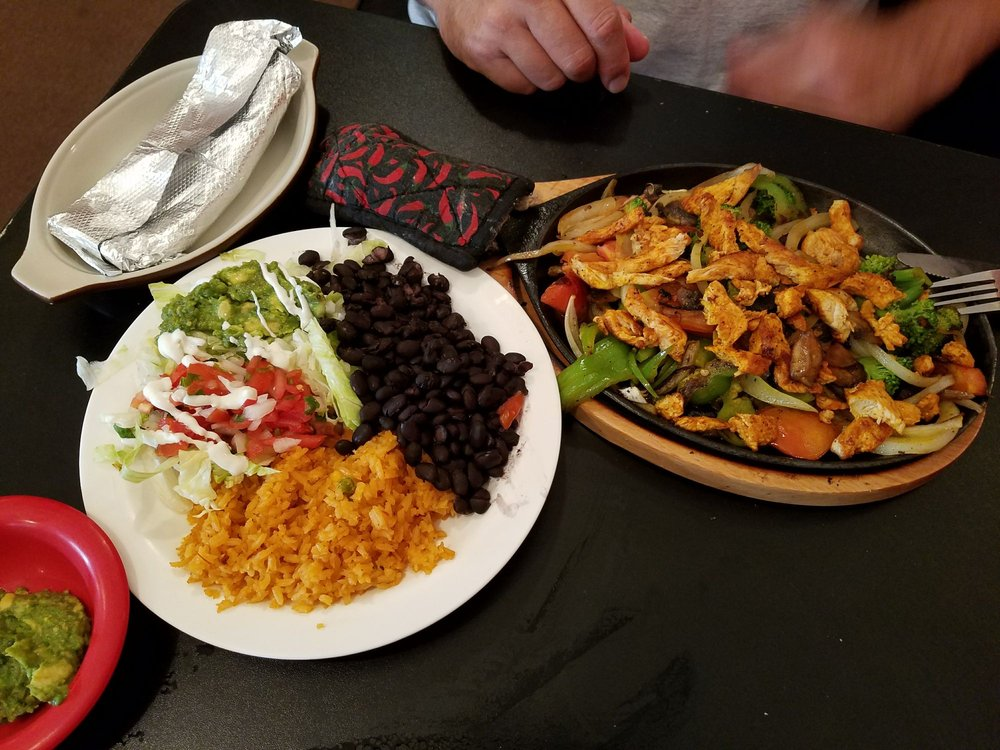 Habanero's Fresh Tex Mex: 120 Ocoee St, Copperhill, TN
