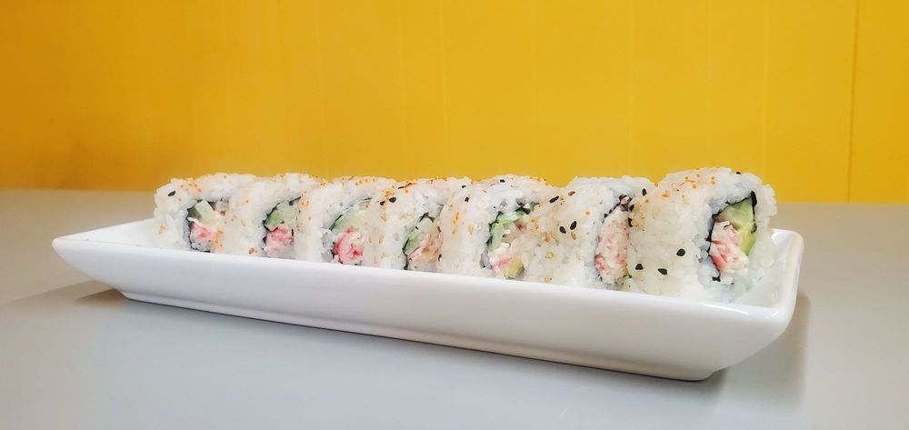 Z'S Japanese Hibachi and Sushi Cuisine: 47 Courthouse Square, Murfreesboro, AR