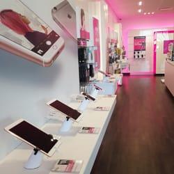 Photo Of T Mobile   Goleta, CA, United States. Clean Store !