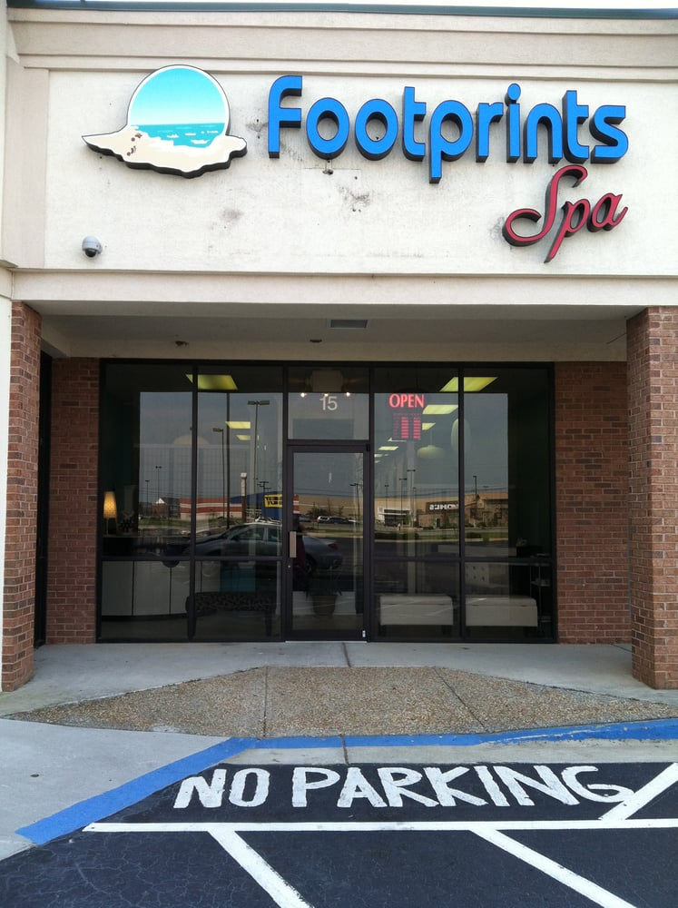 Footprints Spa: 3035 Watson Blvd, Warner Robins, GA