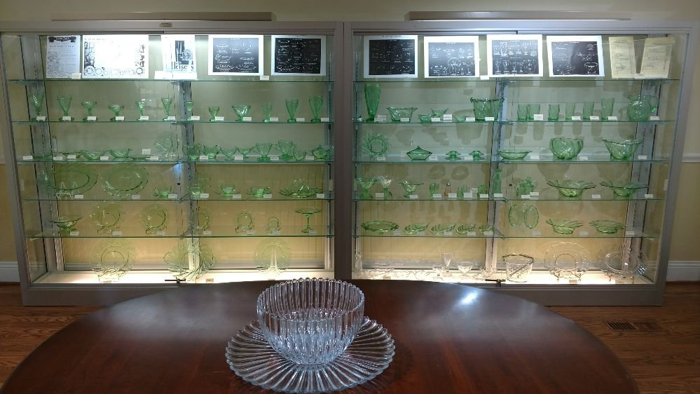 National Heisey Glass Museum: 6th & Church, Newark, OH