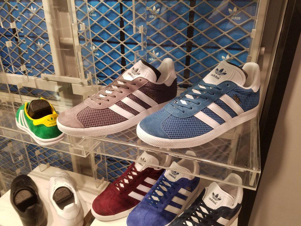 91b8c07c083 Photos for Loja da Adidas - Yelp