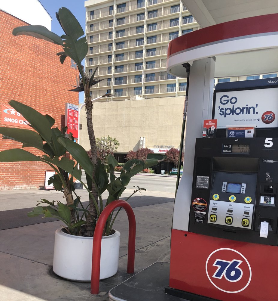 Gasoline Station Near Me >> Sherman Oaks Union 76 Tire Center - 31 Reviews - Tires ...