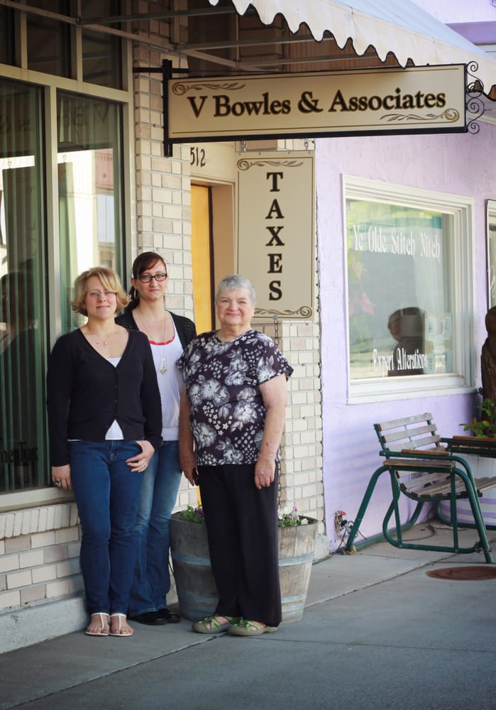 A-Z Tax & Accounting: 512 N Main St, Milton Freewater, OR