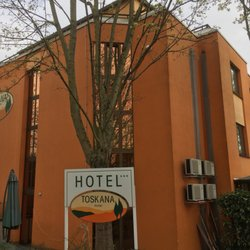 Hotel Toskana - Bed & Breakfast - Kreuzberger Ring 32, Wiesbaden