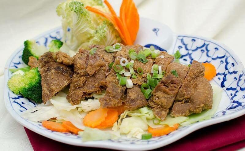 Thai-Am Restaurant: 6040 4th St N, St. Petersburg, FL