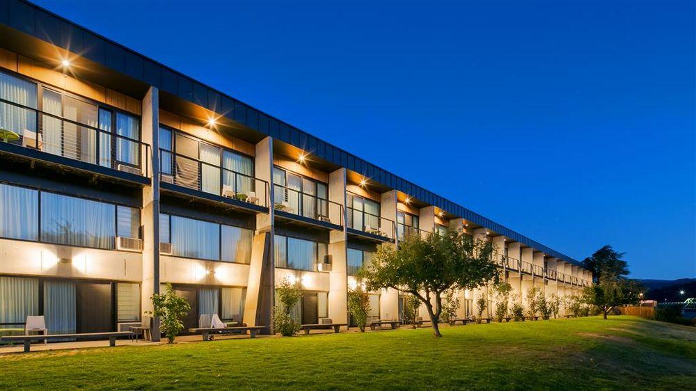 Best Western Plus Hood River Inn: 1108 E Marina Way, Hood River, OR