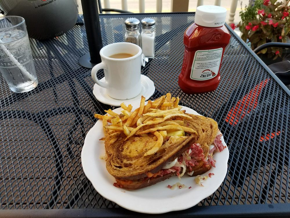 Hays House Restaurant: 112 W Main St, Council Grove, KS