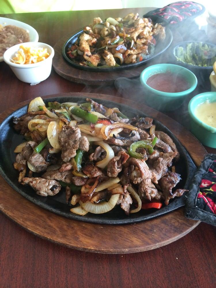 Ochoa's Mexican Restaurant: 104 W Grand Ave, Tonkawa, OK