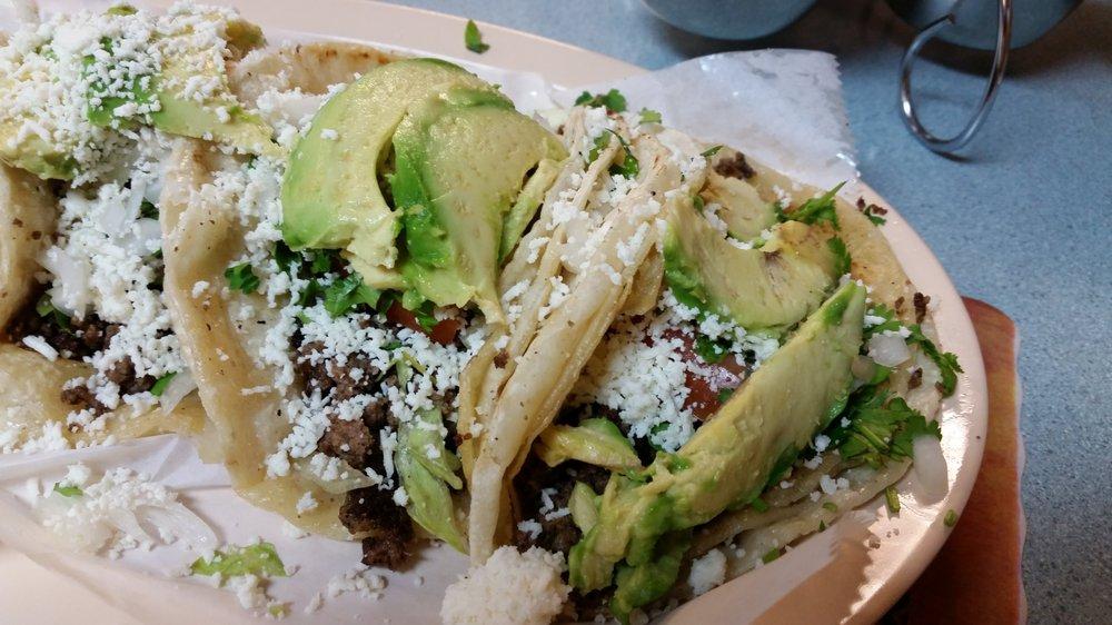 Mi Jacalito Restaurant: 1318 Douglas Ave, Racine, WI