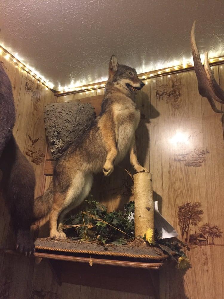 Bakerton Rod & Gun Clubhouse: 806 Deveaux St, Elmora, PA