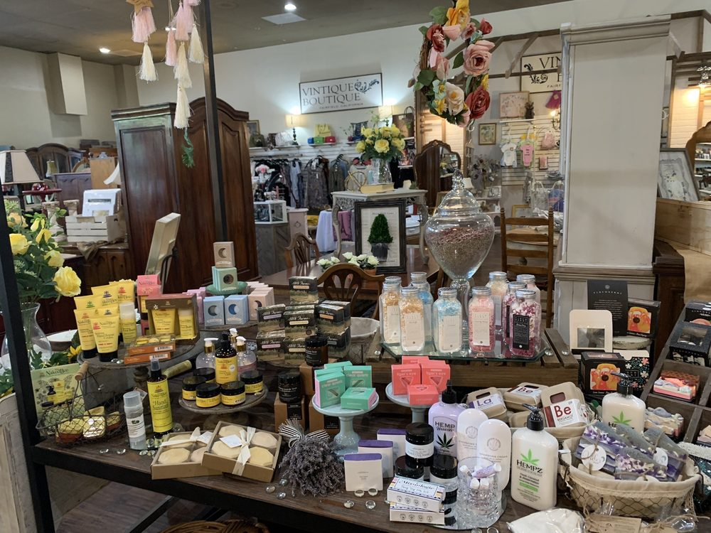 Vintique Marketplace: 735 Texas St, Fairfield, CA