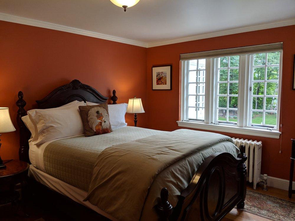 Inn on Putney Road: 192 Putney Rd, Brattleboro, VT