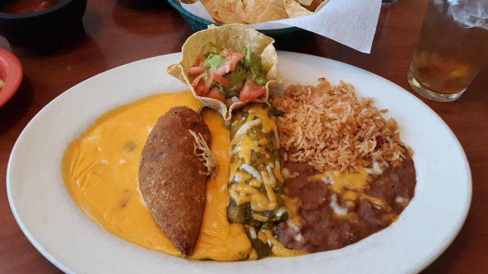 The Plaza Restaurant: 1201 N Hobart St, Pampa, TX