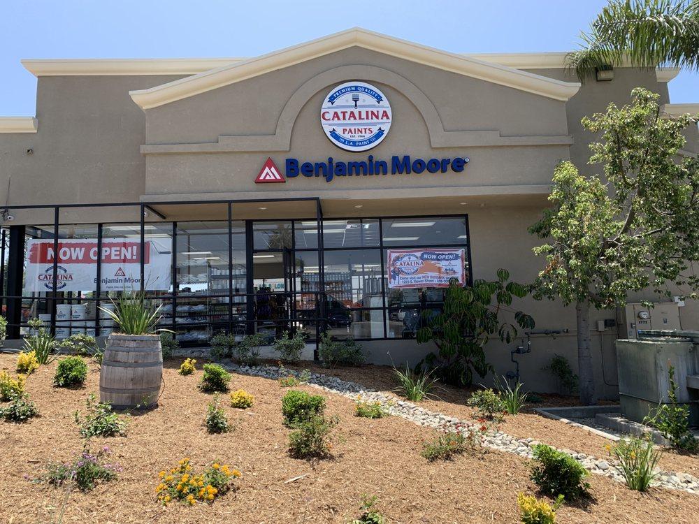 Benjamin Moore - Catalina Paints: 2770 Foothill Blvd, La Crescenta, CA