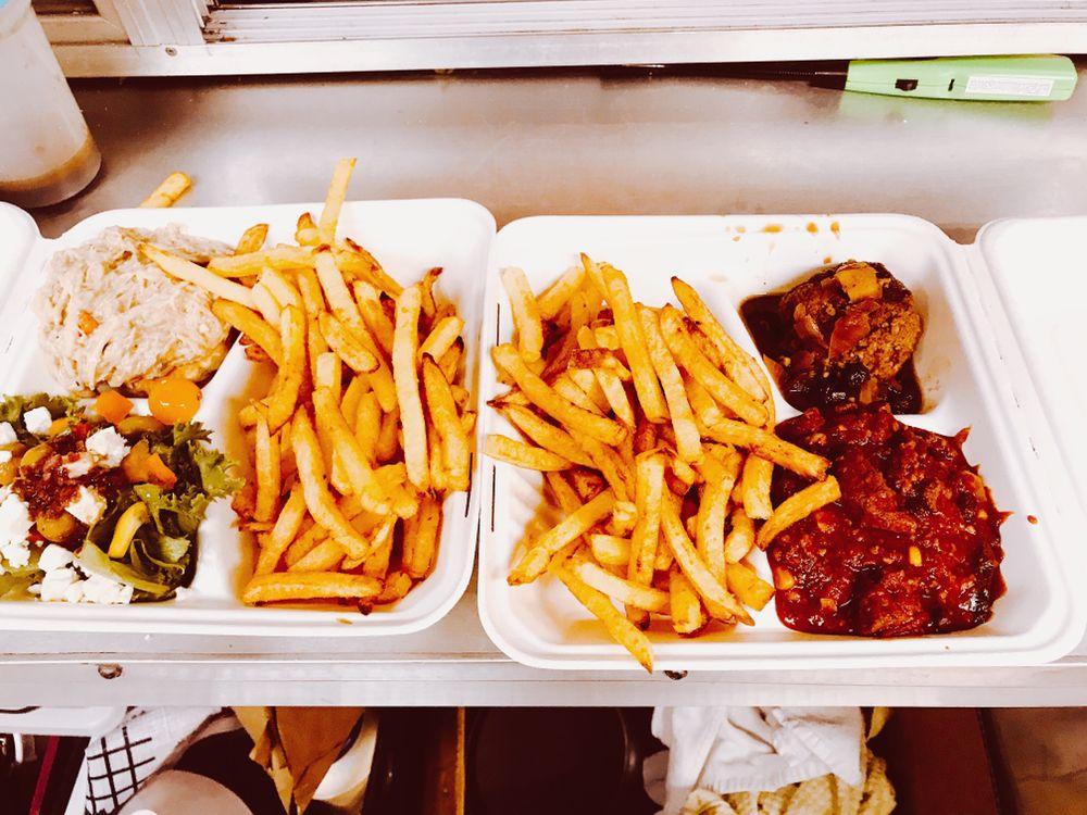 Chez JJ Belgian Fries: 71 Portland Rd, Kennebunk, ME