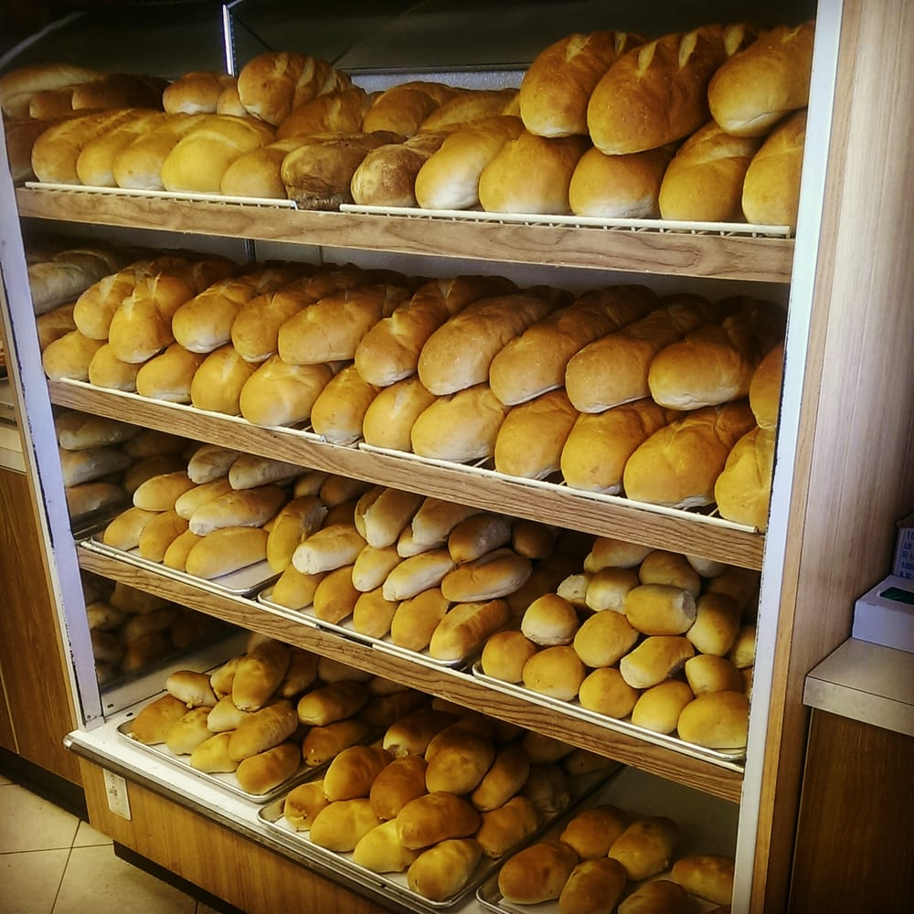 Liberati's Italian Deli & Bakery: 7607 Allen Rd, Allen Park, MI