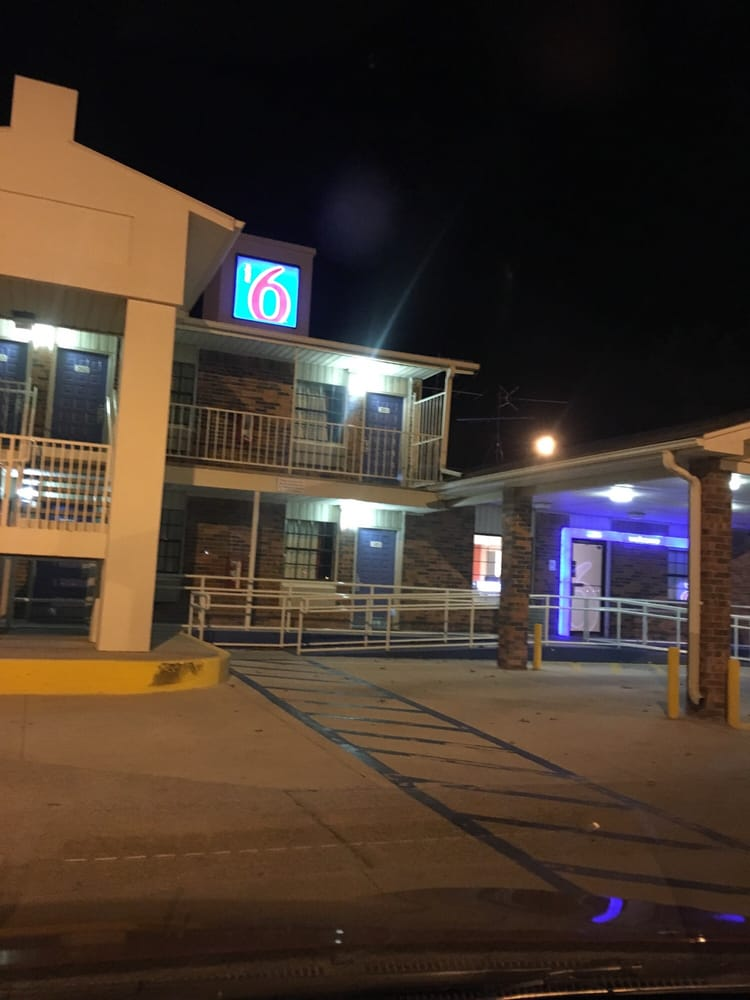 Jul 20, · Motel 6 Dallas - Lewisville: Hard Beds and the 1- number promises .. - See 38 traveler reviews, 83 candid photos, and great deals for Motel 6 Dallas - Lewisville at TripAdvisor TripAdvisor reviews.