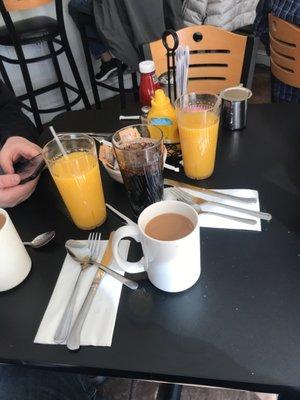 cracked egg cafe galloway