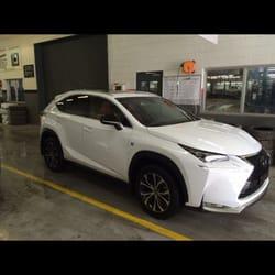 Ken Shaw Lexus Photos Car Dealers Saint Clair Avenue - Lexus dealership toronto