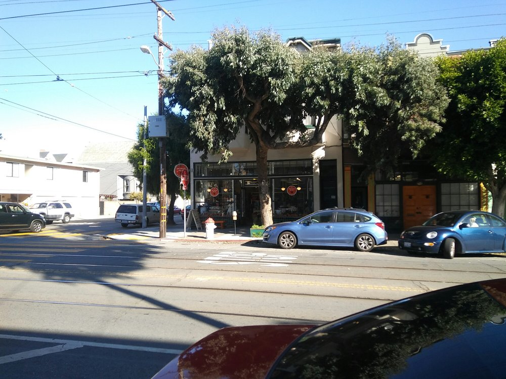 Noe Valley Pet Company: 1451 Church St, San Francisco, CA