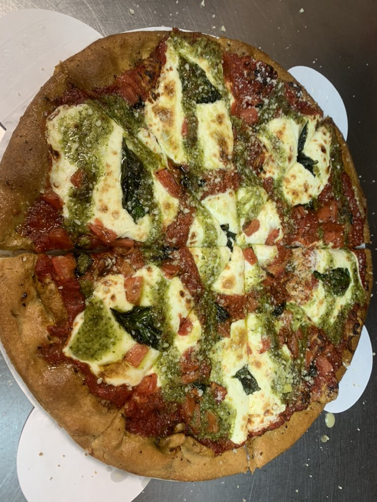 JonnyO's Pizzeria: 1019 River St, Belleville, WI