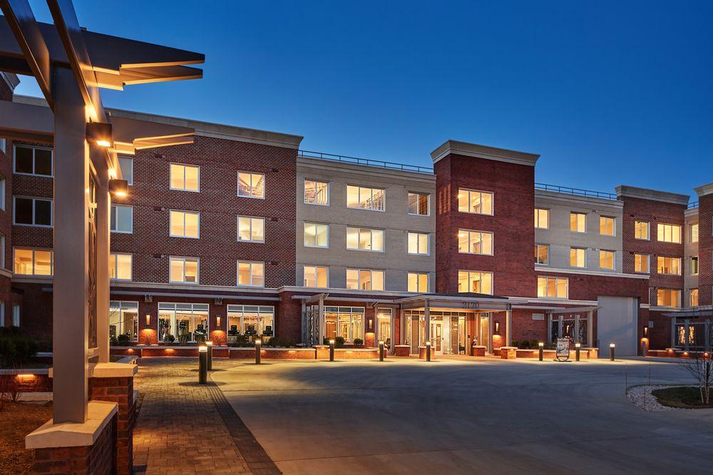 Cherry Hill Apartments: 2120 North Monroe St, Arlington, VA