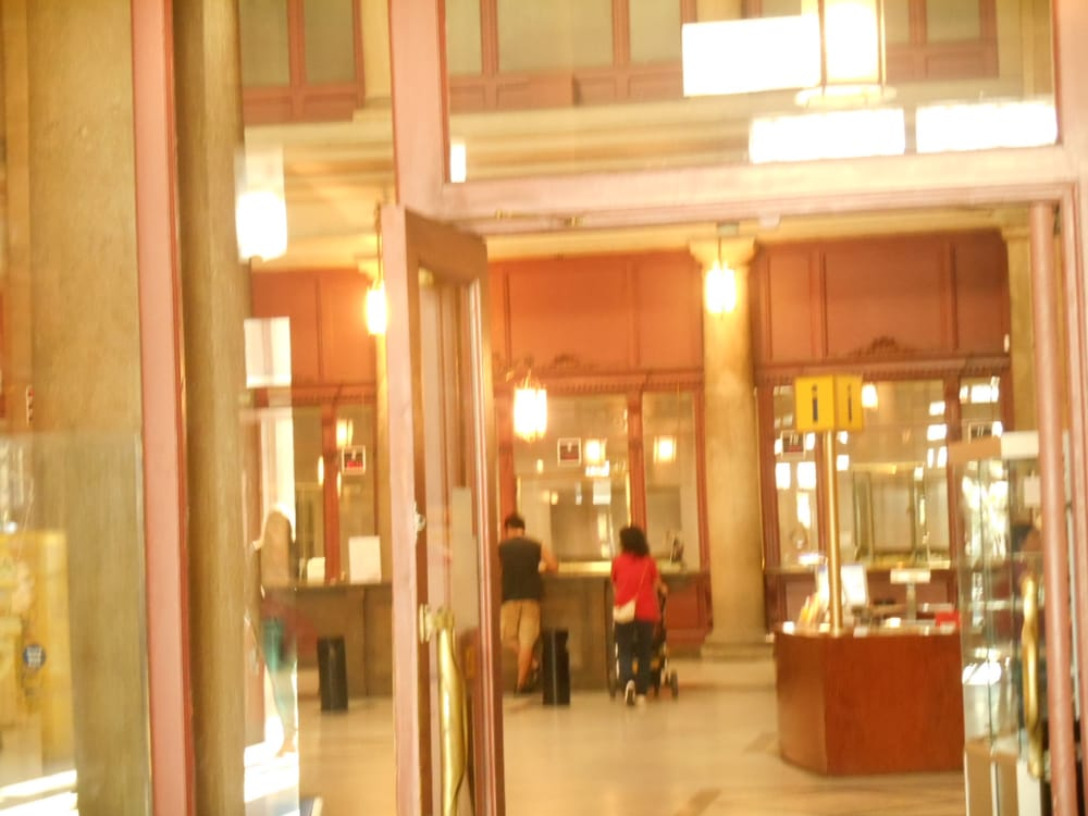 Foto su oficina de correos yelp for Oficina correos barcelona