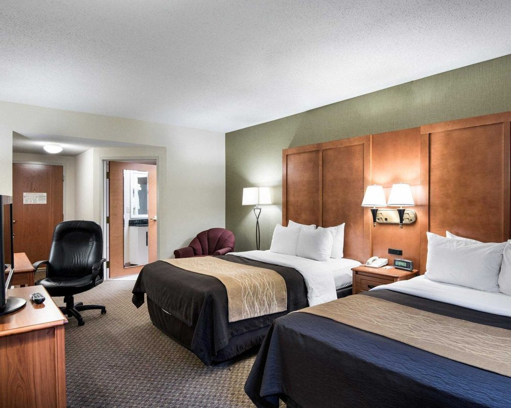 Comfort Inn & Suites LaVale - Cumberland: 1216 National Hwy, Lavale, MD