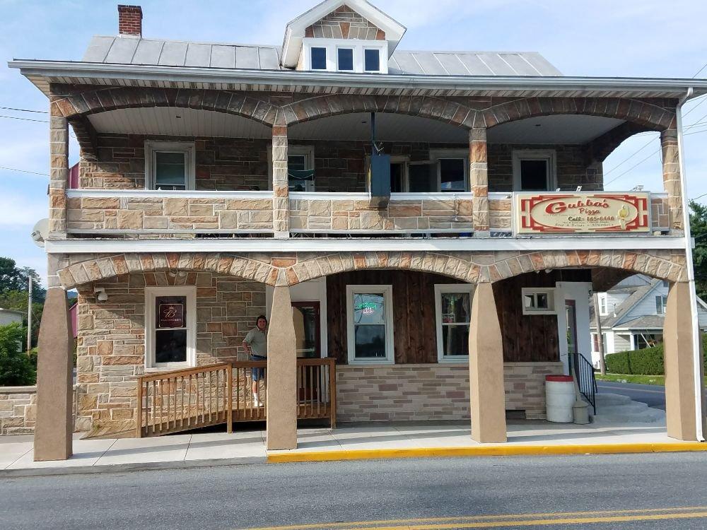 Gubba's: 123 E Main St, Fredericksburg, PA