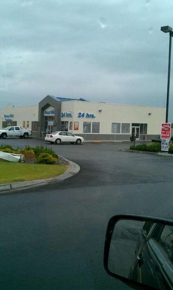 Granger Travel Plaza: 1221 Bailey Ave, Granger, WA
