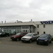 128 Volvo - 45 Reviews - Car Dealers - 614 North Ave, Wakefield, MA