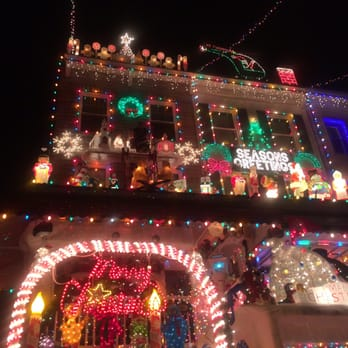photo of hampden christmas street holiday show baltimore md united states - Christmas Lights Maryland