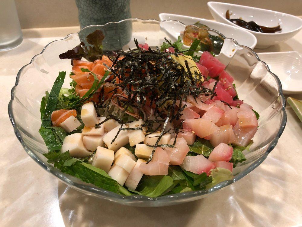 Kotobuki Japanese Restaurant: 5577 Monroe St, Sylvania, OH