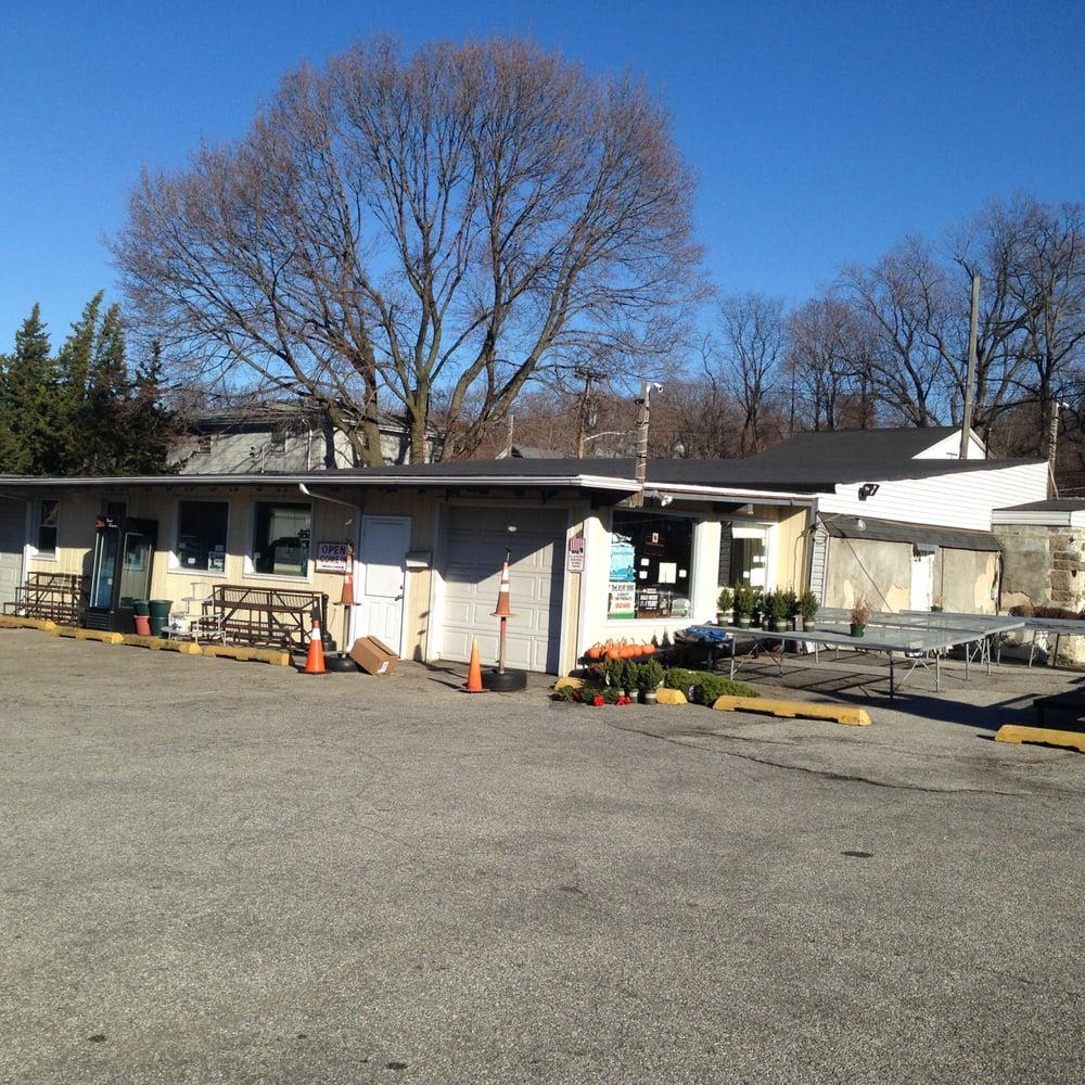 D & D Garden Center: 25 Tuckahoe Rd, Yonkers, NY