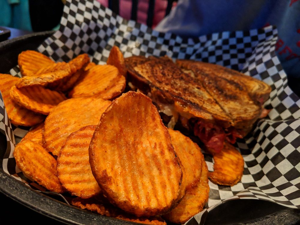 Food Depot Bar & Grill: 3000 SE Grimes Blvd, Grimes, IA