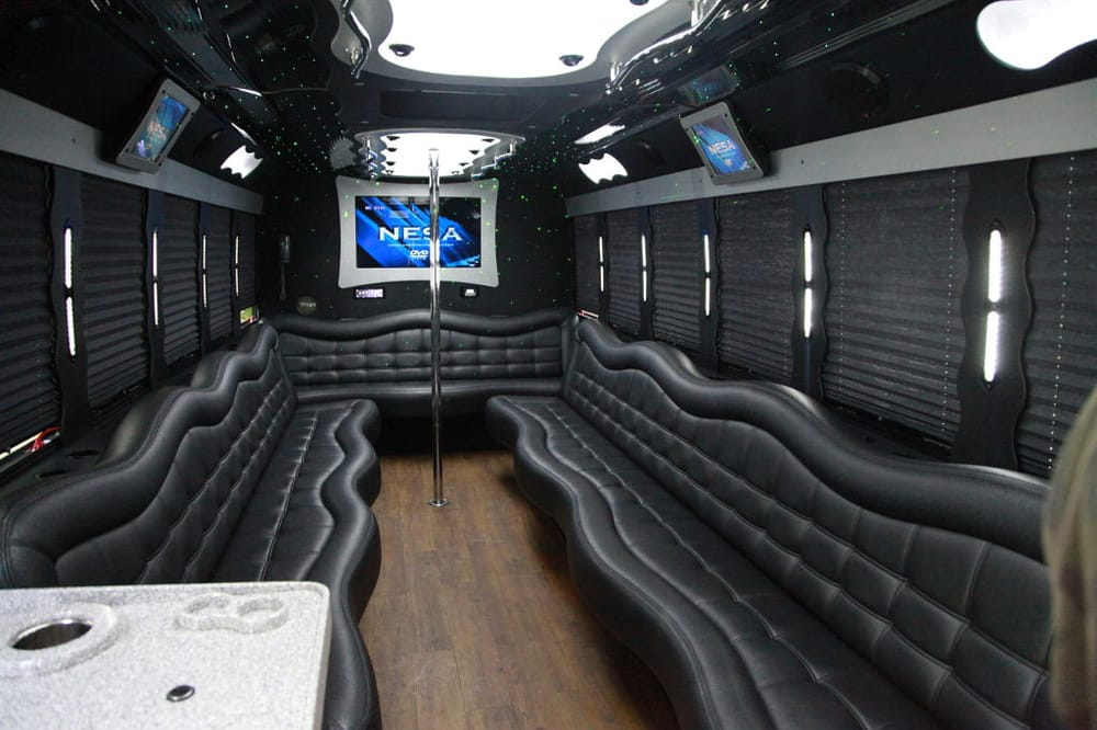 Photo Of Stars R Us Party Bus   Alta Loma, CA, United States.