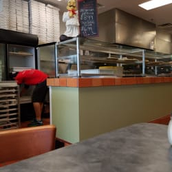 Saporitos Pizza 31 Photos 38 Reviews Pizza 2210 Holly