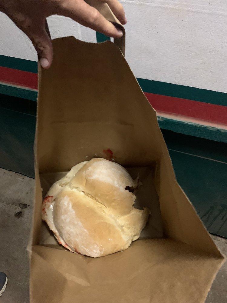 Molokai Hot Bread: 81 Ala Malama Ave, Kaunakakai, HI