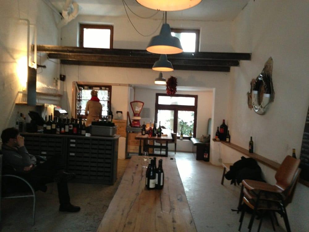 il garage bars vins kleine rainstr 3 ottensen hambourg hamburg allemagne num ro de. Black Bedroom Furniture Sets. Home Design Ideas