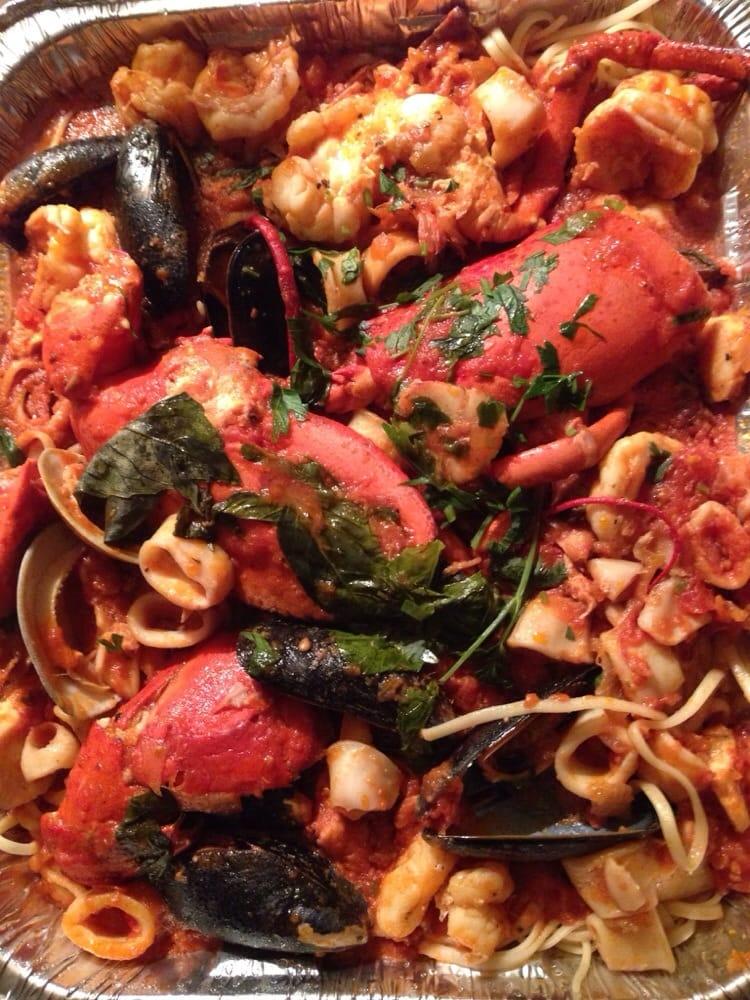 Zuppa Di Pesce Massive Portion For 30 The Pasta Is Hit