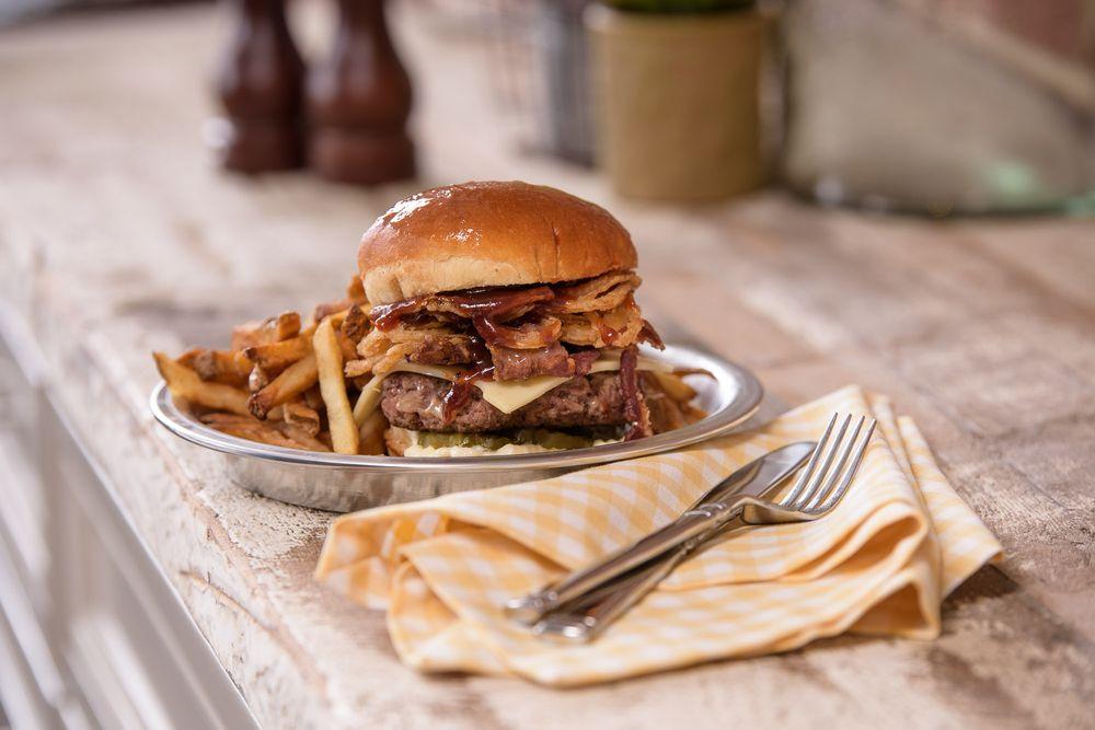 PDK Southern Kitchen & Pantry - Nashville: 8121 Sawyer Brown Rd, Nashville, TN
